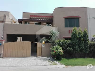 10 Marla 4 Bedroom With Basement House For Sale in Askari 10 Lahore Cantt