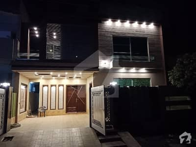 10 Marla First Entry Upper Portion Lower Lock Required Small Family Is Available For Rent At Punjab Society Near To Main Pia Road At Prime Location
