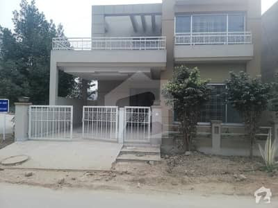 FACING PARK AND CORNER HOUSE 60 FT ROAD FOR SALE