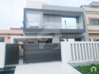 10 Marla Brand New FACING PARK superb Bungalow for sale