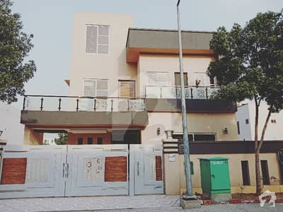 10 Marla House For Sale In Janiper Block Sector C Bahria Town Lahore