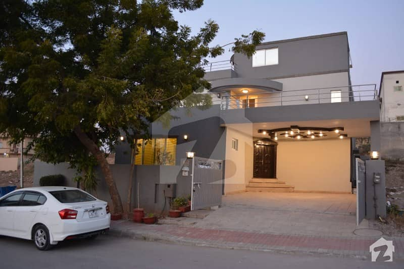 1 Kanal Beauty Full House With Basement For Sale In Bahria Town