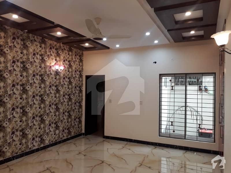 پاک عرب ہاؤسنگ سوسائٹی لاہور میں 3 کمروں کا 10 مرلہ بالائی پورشن 33 ہزار میں کرایہ پر دستیاب ہے۔