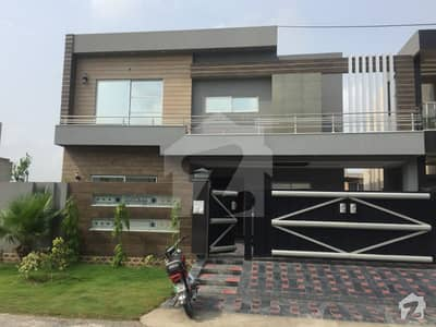 10 Marla Brand New Upper Portion Available for Rent in State Life