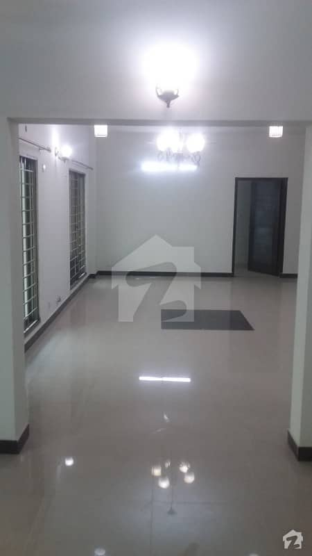 2nd Floor 3 Bed Brand New  Flat For Sale In Askari 10