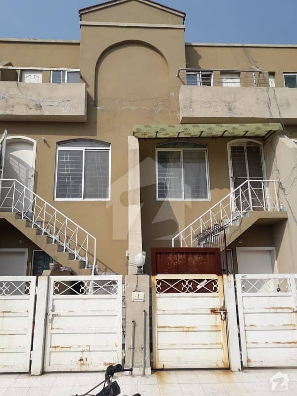 3 Marla Upper Portion For Sale in Eden Abad D Block Facing Park Very Good Condition