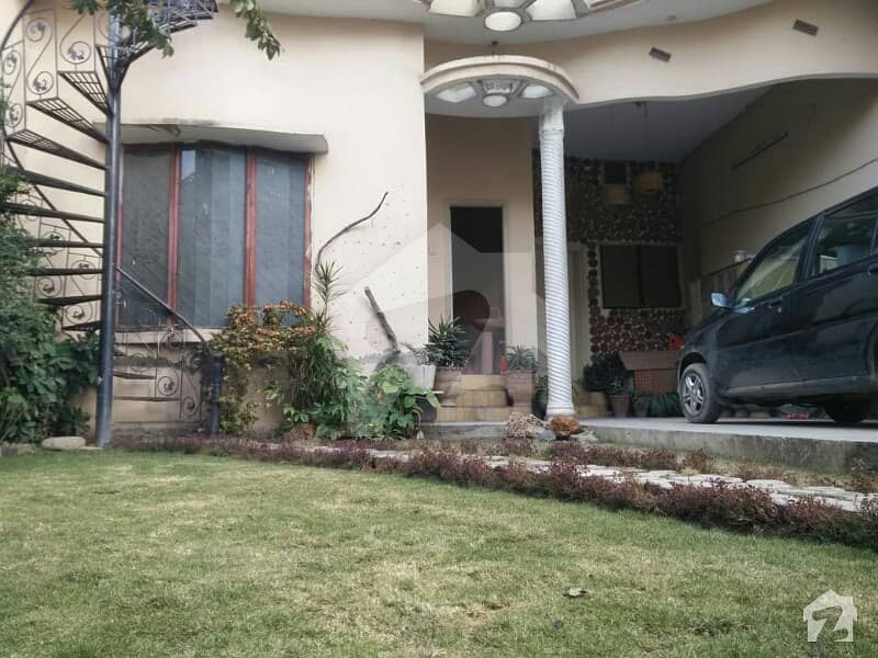 Double Storey House For Sale Main Road