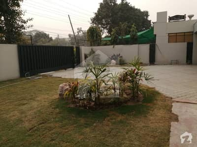 Sui Gas Society 2 Kanal New Bungalow For Rent