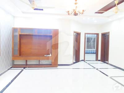 1 kanal Beautyful upper portion for Rent on ideal Location