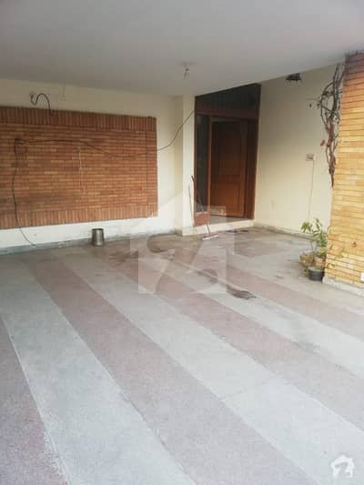 All real picture Kanal full house for rent in cavalry ground street number 16