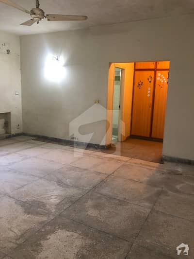 24 Marla House For Rent In Cavalry Ground Gulberg Lahore