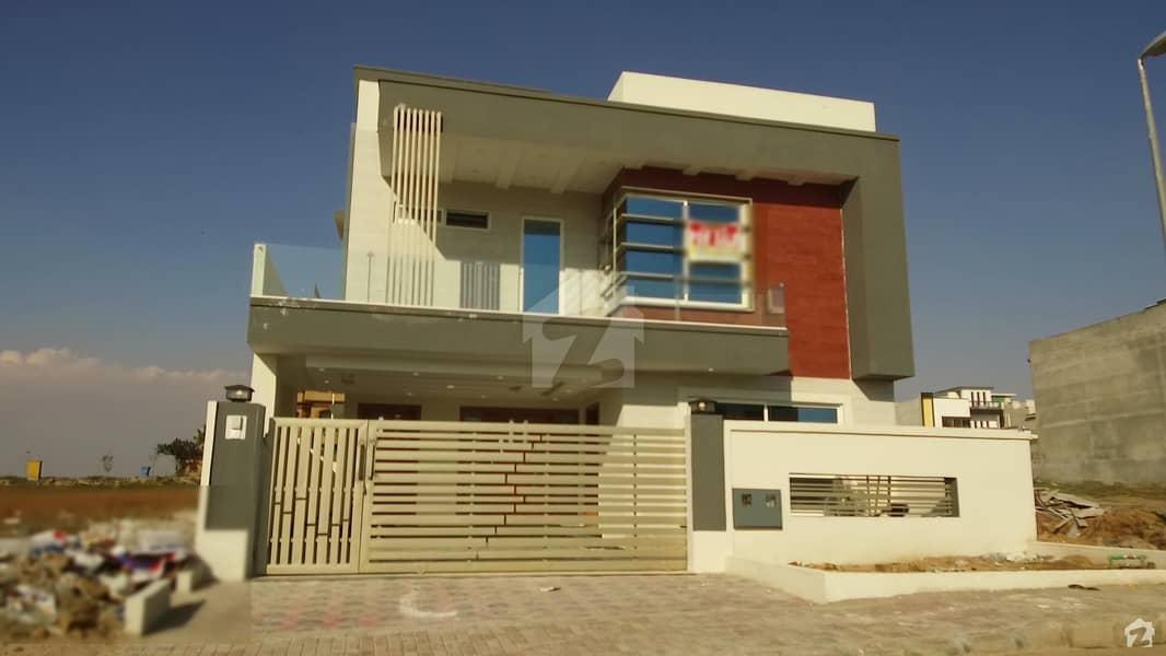 بحریہ ٹاؤن فیز 8 ۔ سیکٹر ایف - 1 بحریہ ٹاؤن فیز 8 بحریہ ٹاؤن راولپنڈی راولپنڈی میں 5 کمروں کا 10 مرلہ مکان 2. 15 کروڑ میں برائے فروخت۔