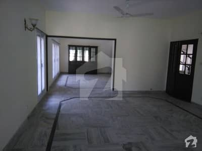 Extraordinary Location  Close To Faisal Mosque  1244 Sq Yd House For Sale