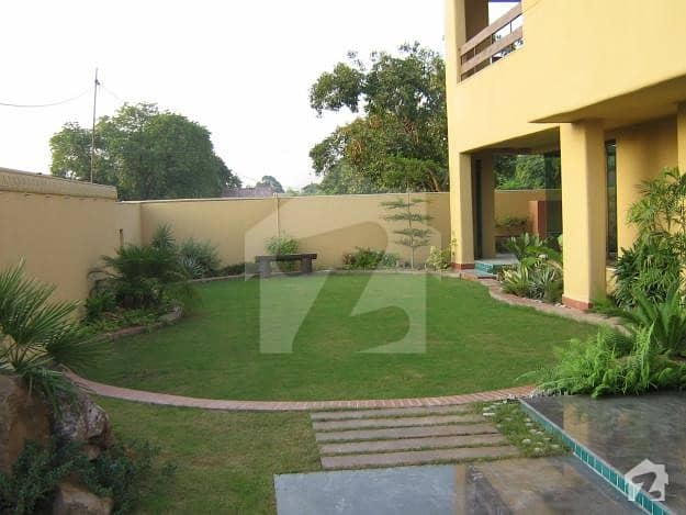 28 Marla Old House For Sale