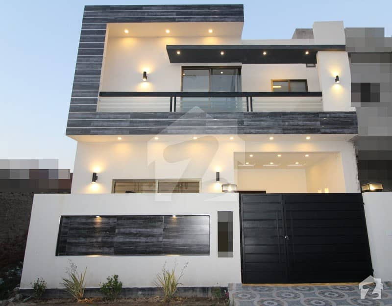 5 Marla Lavish House Is Available For Sale