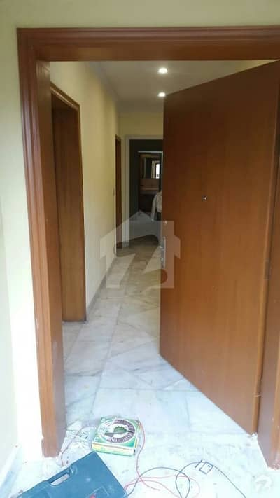 G10. 4 size 20+40 house for sale