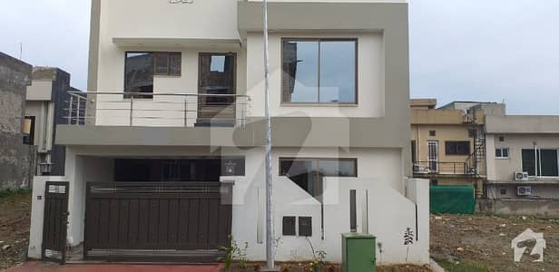7 Marla Double Unit House For Sale In Umer Block Bahria Town Rawalpindi