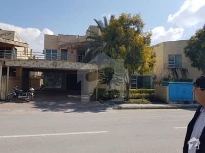 One Kanal House Executive Lodge Bahria Town3