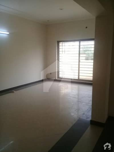 10. marla saprate interance portion for rent in Punjab society mohlanwal near to bahria town lahore