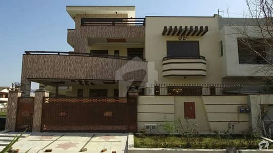 400 Square Feet Band New Marghalla Facing House Available For Sale E-11/2 Islamabaad