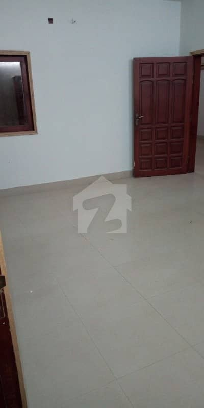240 sq yards New First Floor 3 Bed dd