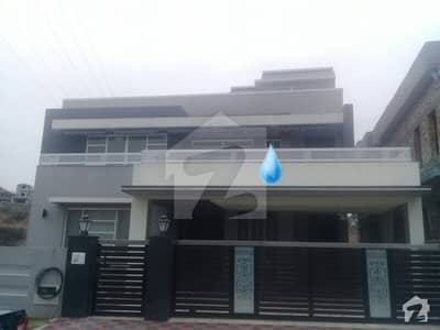 Beautiful 3 Story House For Sale In Bahria Town Phase 3