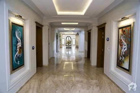 CC514 BED DD FLAT FOR RENT ON SAIMAS NEW BUILDING ON MAIN ALLAMA IQBAL ROAD