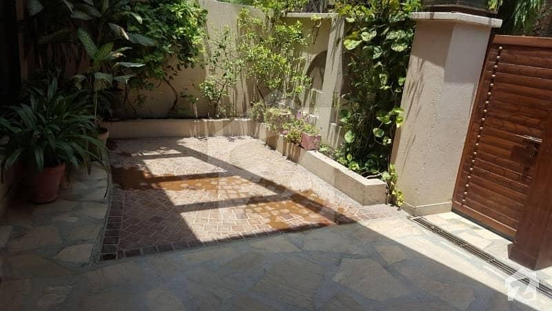 گلبرگ 2 گلبرگ لاہور میں 3 کمروں کا 10 مرلہ بالائی پورشن 40 ہزار میں کرایہ پر دستیاب ہے۔