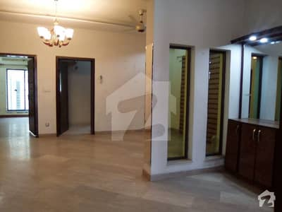 12 Marla House Facing Park For Rent In Lake City Sector M1