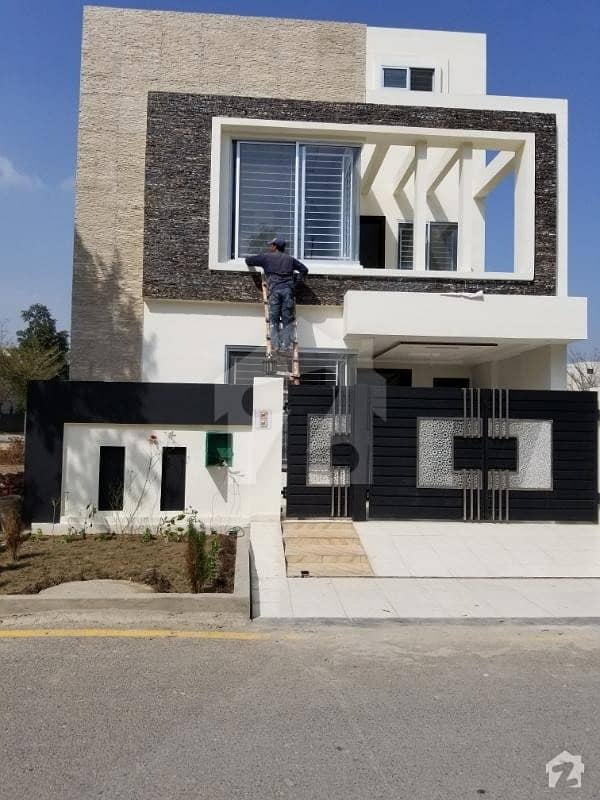 5 Marla double story brand new house available for sale in bahria nasheman ferozpur road LHR