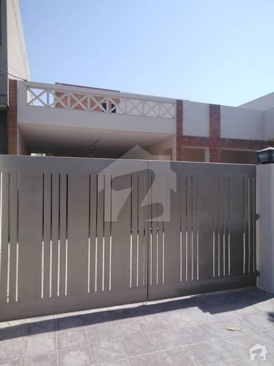 1 Kinal Beautiful House for Rent for Offices and Residence with Original Pics