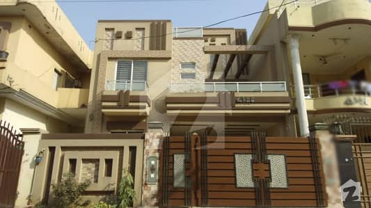 11 Marla Beautiful House Is Available For Sale In Sabzazar Scheme