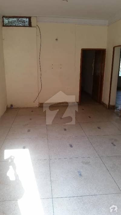 10 Marla Lower Portion Good House At Vip Location For Rent