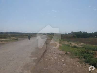 Plot For Sale In I-12/3 Size 25x50 On Main Service Road