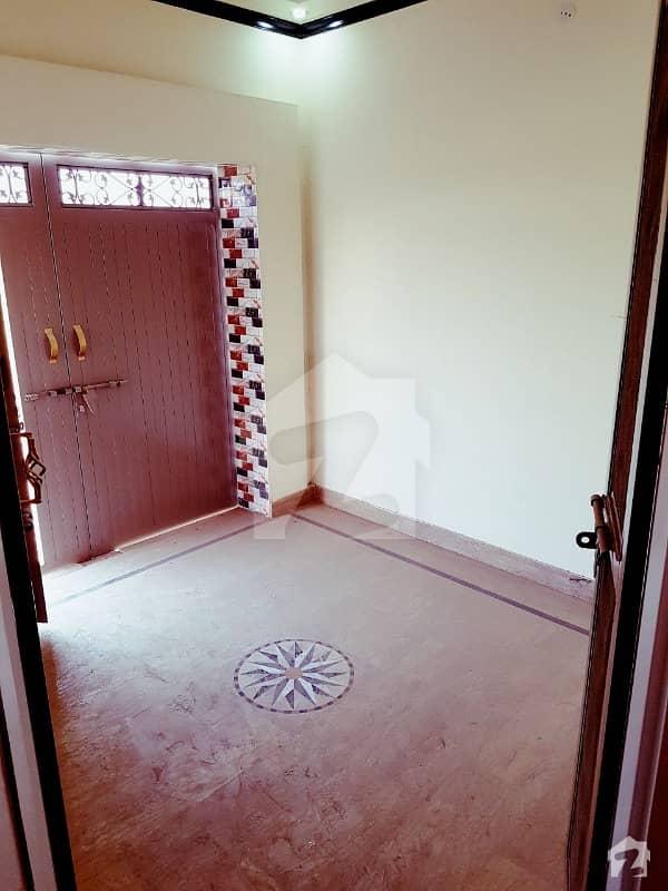 Small House 3 Marla Haji Pora With Car Parking