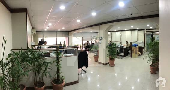 3000 Sq Ft Office In Jinnah Avenue Available For Sale