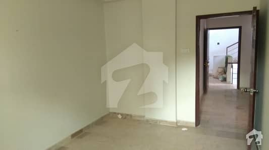 1 One Bed Sharing Flat Apartment Vailable For Rent In Gizri For Females Only