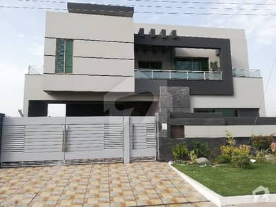 Brand New Luxury 1 Kanal House For Sale