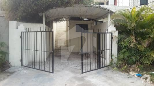 Marks Offers 24 Marla Upper Portion For Rent In Cant