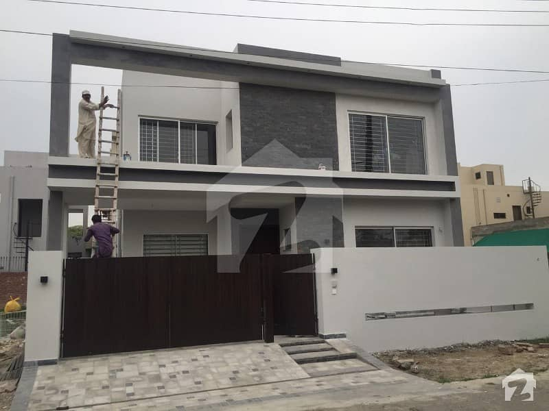 Brand New Owner Built 10 Marla Modern House For Sale In State Life Society G Block