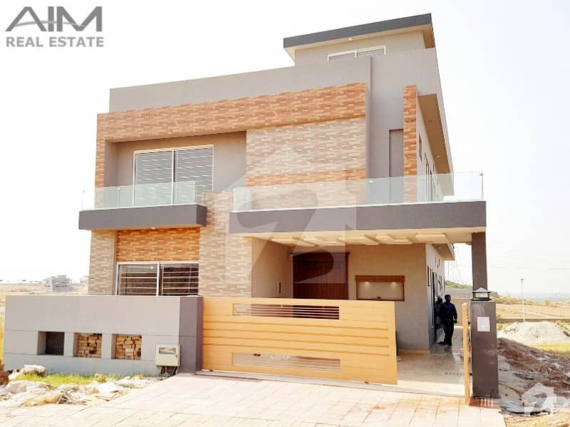 Beautiful 10 Marla 5 Beds House For Sale In Bahria Town