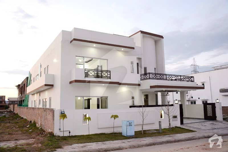 Duoble Unit  Beautiful House For Sale