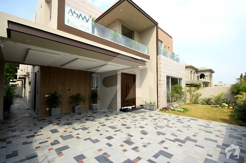 1 Kanal Brand New Outclass Italian Bungalow Near By Dha Office And Sports Complex