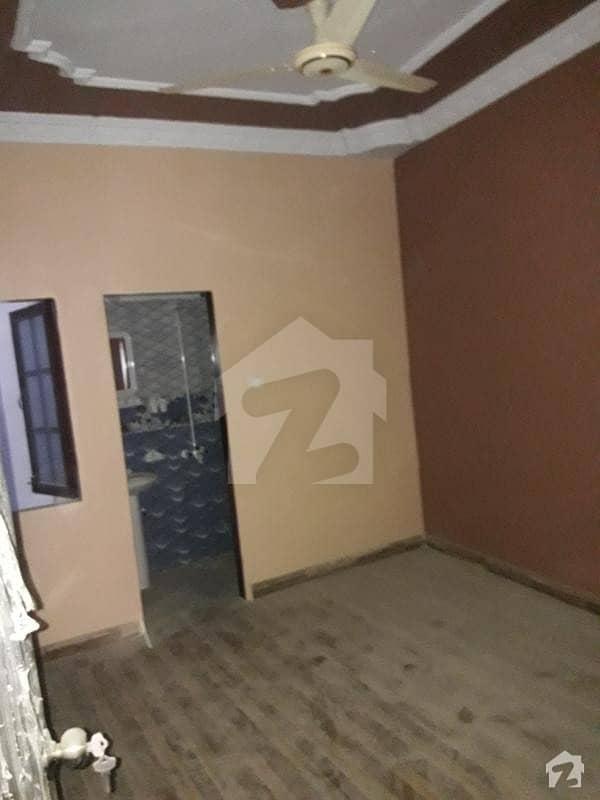 پنجاب کالونی کراچی میں 3 کمروں کا 4 مرلہ فلیٹ 39 لاکھ میں برائے فروخت۔