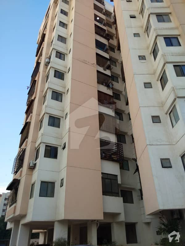 1800 Sq Ft Well Maintain Apartment For Sale In Frere Town