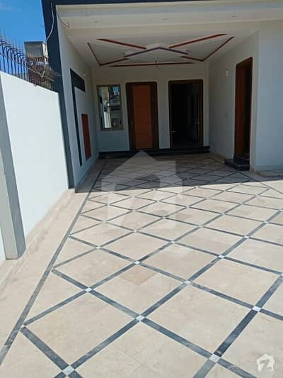10 Marla Luxury House For Sale In Satellite Town