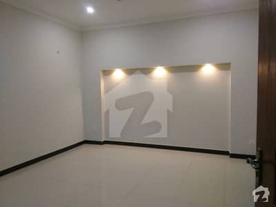 Single Story 1 Kanal 3 Beds House For Rent In DHA Lahore