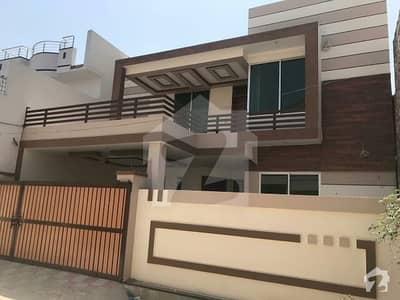 10 Marla Beautiful Double Storey House For Sale