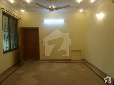40x80 Ground Portion Available For Rent