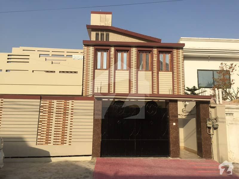 400 Sq Yards Bungalow For Sale